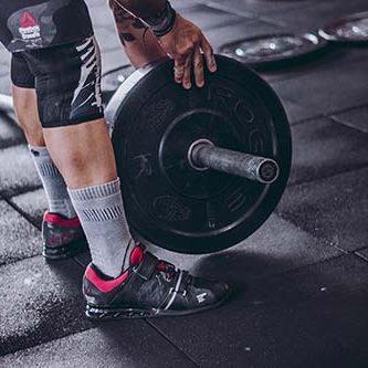 ejercicios para biceps en el gym