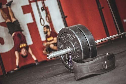 ejercicios para pecho en el gym