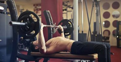 mejores ejercicios de pecho para hacer en casa