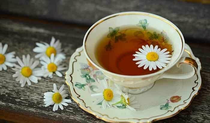beneficios de tomar té de manzanilla